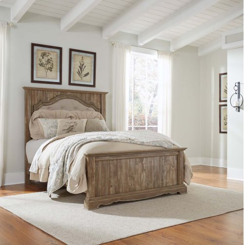 Shellington - Caramel 3 Piece Bed Set (Queen)