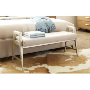 LEGACY CLASSIC FURNITUREHygge by Rachael Ray Bed Bench