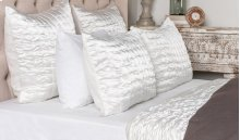 Aura Ivory King Quilt 108x96