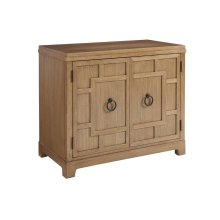 Collins Bachelors Chest