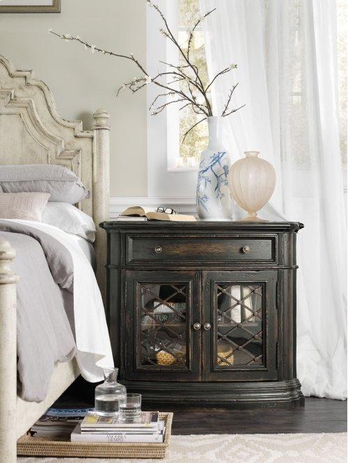 Bedroom Auberose One-Drawer Two-Door Nightstand