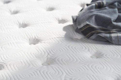 Response - Essentials Collection - G7 - Plush - Euro Pillow Top - Split Queen