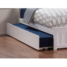 Urban Trundle Bed Twin/Full in White