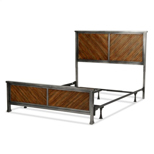 Braden Complete Bed with Metal Panels and Reclaimed Wood Design, Rustic Tobacco Finish, King