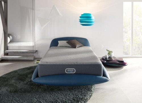 BeautyRest - Silver Hybrid - Beachwood - Tight Top - Luxury Firm - Queen