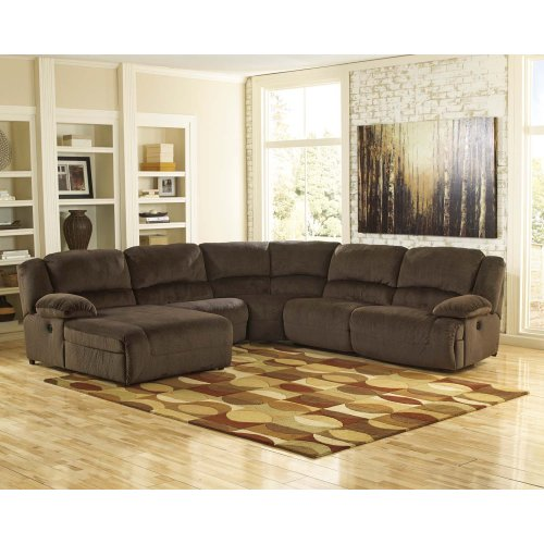 6-Piece Power Reclining Sectional with RAF Recliner