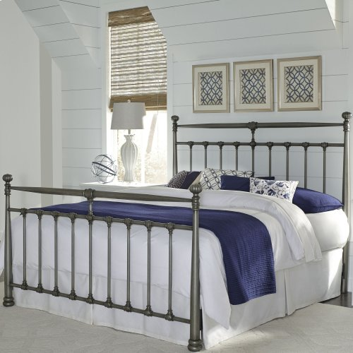 Kensington Metal Headboard and Footboard Bed Panels with Stately Posts and Detailed Castings, Vintage Silver Finish, California King
