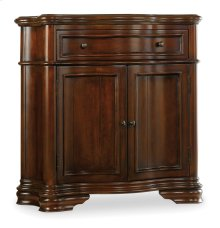 Living Room Waverly Place Shaped Hall Console