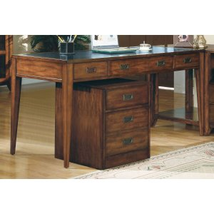 Hooker FurnitureHome Office Danforth Executive Leg Desk