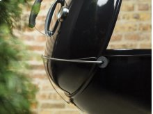 MASTER-TOUCH® CHARCOAL GRILL - 22 INCH BLACK