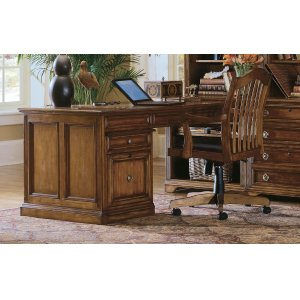 Hooker FurnitureHome Office Brookhaven Peninsula Desk