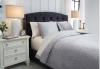 Queen Coverlet Set Product Image