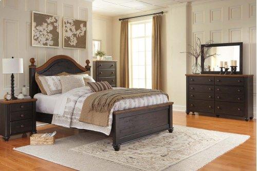 Queen Bed w/ Storage Footboard