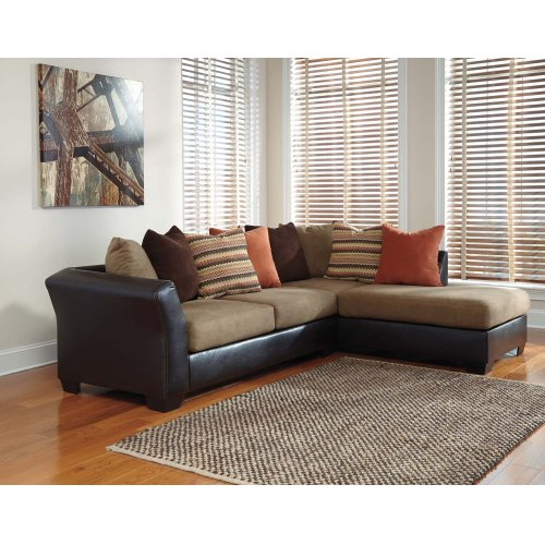 2 Piece Sectional w/ Left Side Facing Sofa
