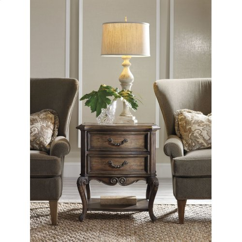 Living Room Rhapsody Accent Table
