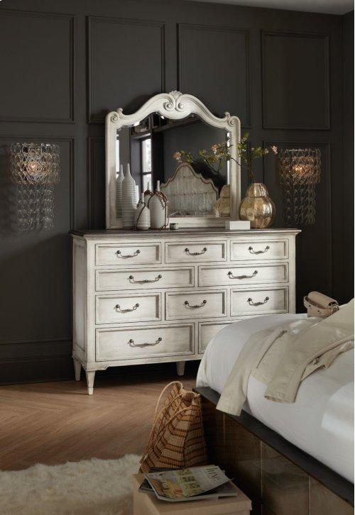 Bedroom Arabella Ten-Drawer Dresser