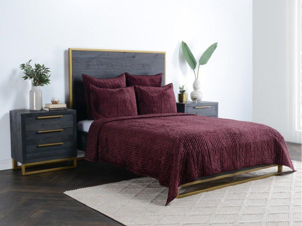 Bari Bedroom Furniture High Gloss Bari Velvet Port Standard Sham Angels4peacecom V180047 In By Classic Home In Garland Tx Bari Velvet Port