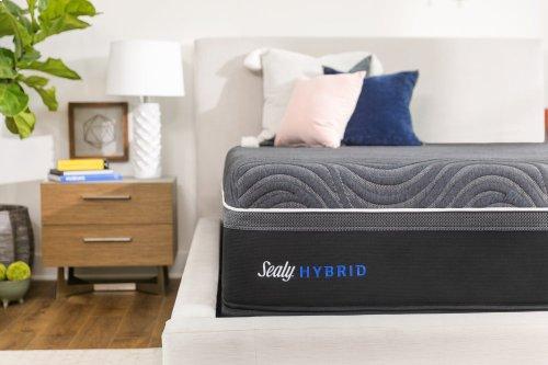 Hybrid - Premium - Silver Chill - Plush - Full