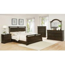 Traditional Heirloom Brown Five-piece Queen Bedroom Set