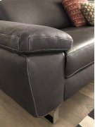 Natuzzi Editions B877 Loveseat Product Image