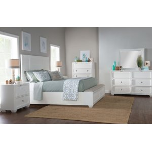 LEGACY CLASSIC FURNITUREWillow Creek Panel Bed w/Storage Footboard, Queen 5/0