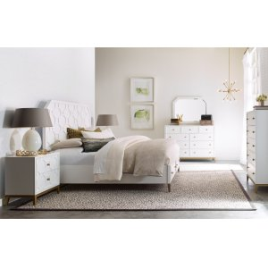LEGACY CLASSIC FURNITUREChelsea by Rachael Ray Panel Bed w/ Storage Footboard, Queen 5/0