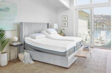 TEMPUR-Cloud Collection - TEMPUR-Cloud Luxe Breeze 2.0 - Queen - Mattress Only