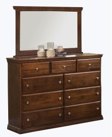 O-T453 Traditional Oak 9-Drawer Dresser