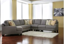 Chamberly 5 Pc RAF Sectional w/LAF Cuddler