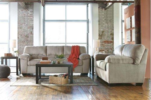 9540138  Sofa and Loveseat