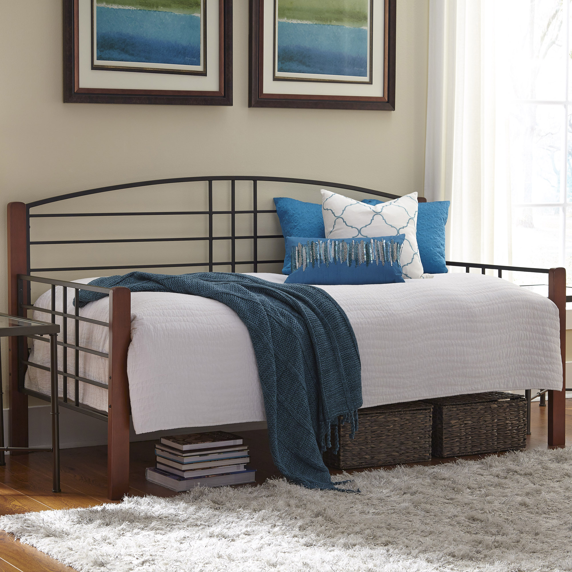 B50728fashion Bed Group Dayton Complete Metal Daybed With Link