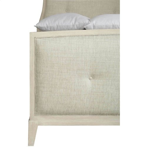 Queen-Sized East Hampton Upholstered Bed in Cerused Linen (395)
