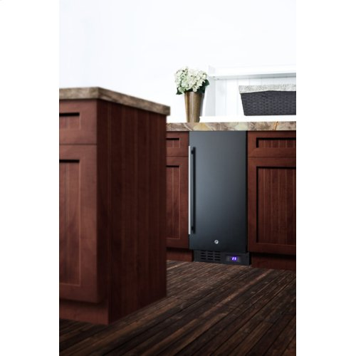 """15"""" Wide Frost-free Freezer for Built-in or Freestanding Use, With Lock and Digital Thermostat; Replaces Scff1537b"""