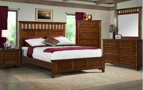 600 Woodlands Queen GROUP; QB, Dresser Mirror, Chest