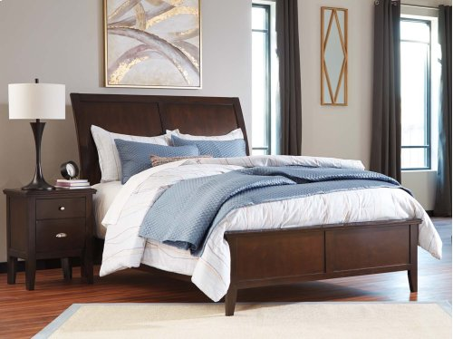 B598  Evanburg - Brown Bedroom Group (Queen or King)
