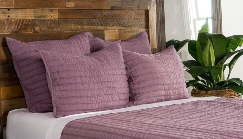 Heirloom Quilt Orchid King 108x96