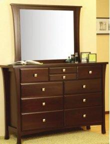 8900 Dresser