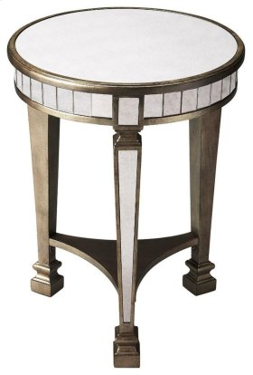 This fantastic mirrored end table will not only shine in your room, but also offer great functionality. The silver finished legs and trim help the mirrors pull out even more light. This classy end table is exactly what any dull space needs.
