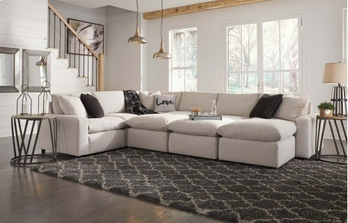 Savesto - Ivory 4 Piece Sectional
