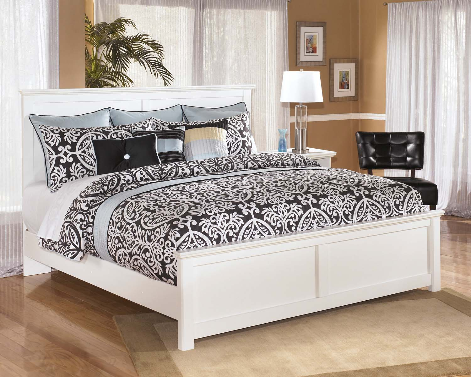 Bostwick Shoals   White 3 Piece Bed Set (King)