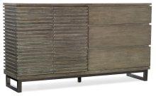 Bedroom Annex Eight-Drawer Dresser