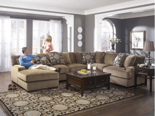 Ashley 2-Piece Sectional with LAF Chaise