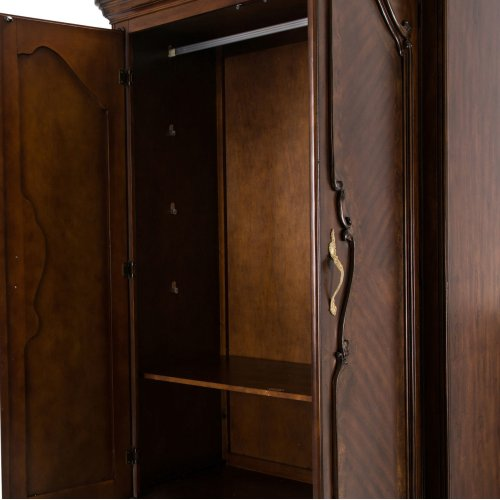 Wardrobe W/drawers