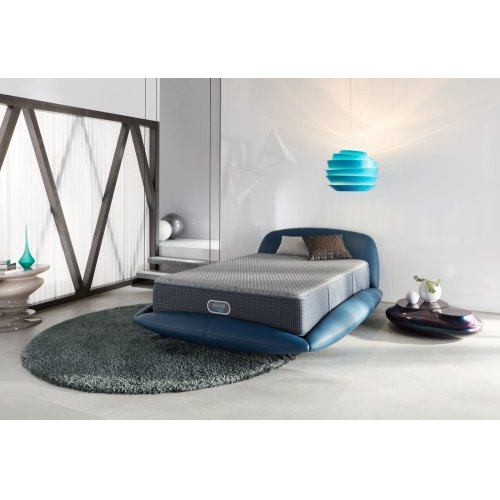 BeautyRest - Silver Hybrid - Kings Bay - Tight Top - Firm - Queen - FLOOR MODEL