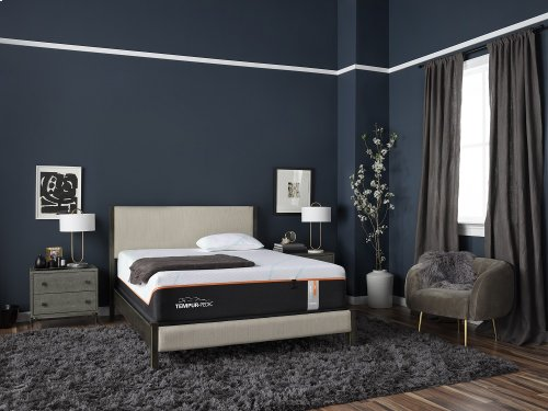 TEMPUR-LuxeAdapt Collection - TEMPUR-LuxeAdapt Firm - Queen