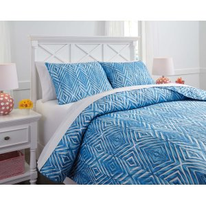 AshleySIGNATURE DESIGN BY ASHLEYFull Quilt Set
