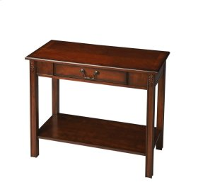 The immaculate proportions of classic design, acanthus leaf applique and brass-finished hardware make this elegant console a perfect fit for foyers, hallways and living rooms. Crafted from solid rubber wood and cherry veneers in the classic Plantation Che