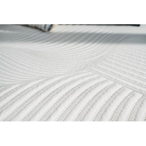 Treat - Cushion Firm - Full