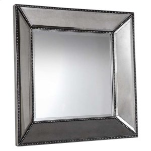 BASSETT FURNITURESmall Beaded Wall Mirror