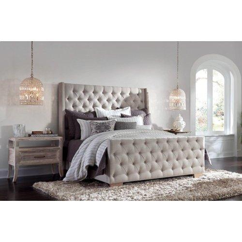 Laurent Tufted Bed Queen